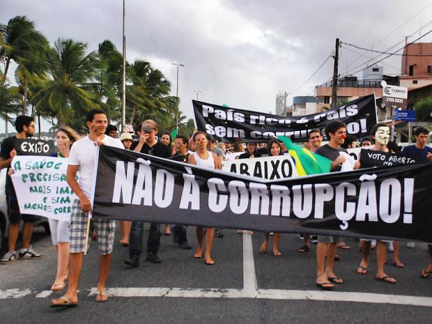 http://s.glbimg.com/jo/g1/f/original/2011/10/12/marcha_contra_a_corrup.jpg