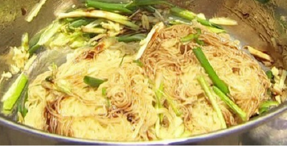 Gok's Poppa Wan noodles recipe on This Morning - The ...