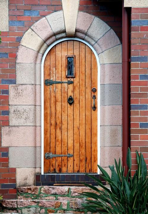 nice wood door design    500 x 724