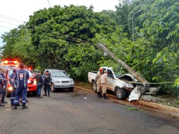 Motorista de caminhonete foi morto depois de briga no trânsito (Foto: Marcos Ribeiro/ TV Morena)