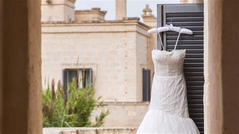 How to Steam Your Wedding Dress?Without Ruining It