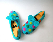 Handfelt wool slippers For fun - Briga