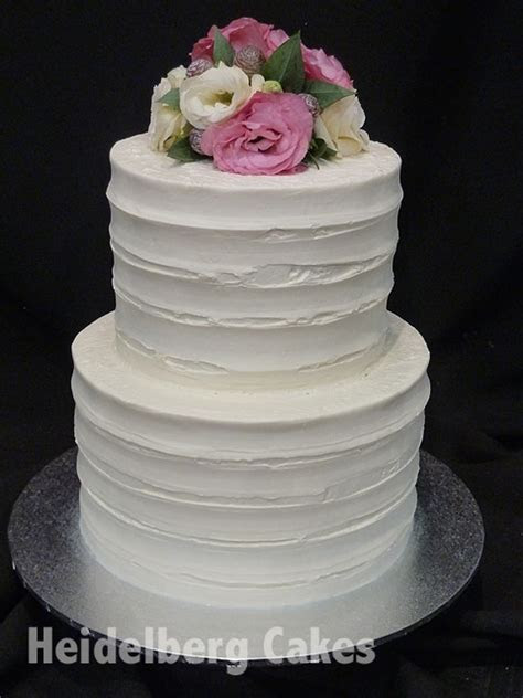 Wedding buttercream 11   2 tier combed   Heidelberg Cakes