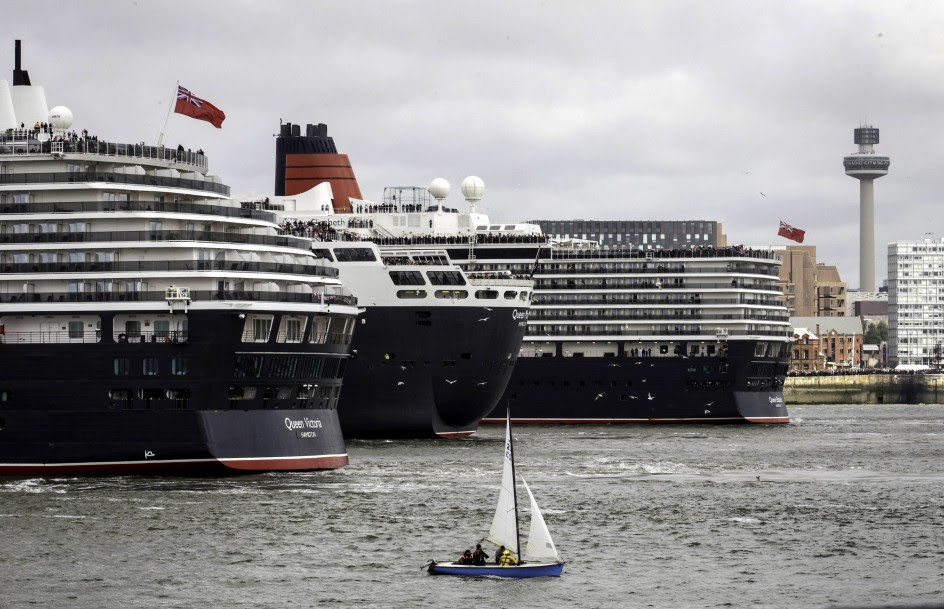 Las tres 'reinas de los mares' llegan a Liverpool