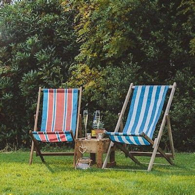 Our vintage deckchairs are a perfect way for your wedding
