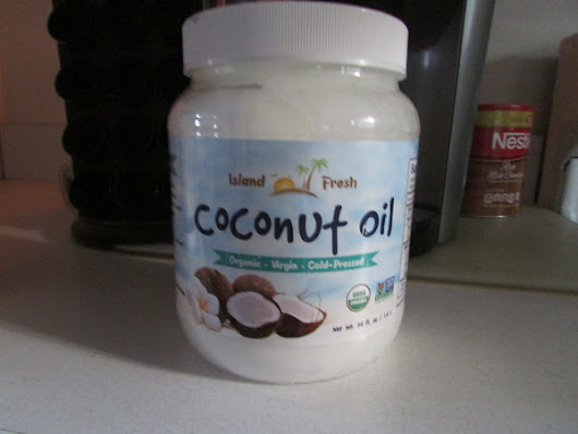 Ginger High- Books R Us: REVIEW OF ISLAND FRESH COCONUT OIL