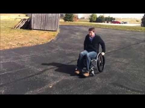 Youtoo rowheel la nuova sedia a rotelle per muoversi for Vecchio in sedia a rotelle