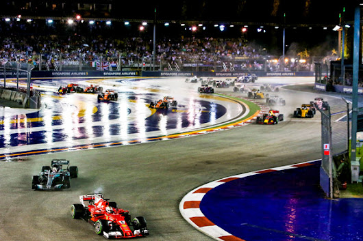 Experience a top-of-the-line Singapore Grand Prix weekend!