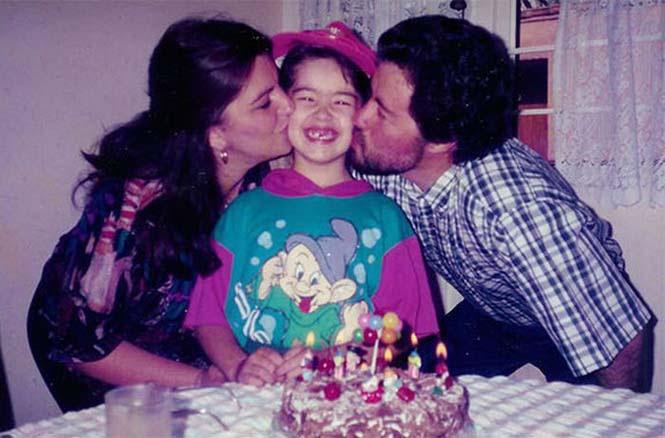 Μεγαλώνοντας ένα παιδί σε 4 φωτογραφίες (1)