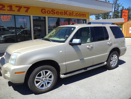 2006 Mercury Mountaineer 4dr Premier w/4.6L AWD