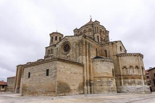 Resultado de imagen de Colegiata de Santa María la Mayor de Toro interior