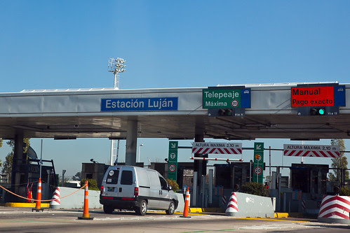 toll gate to Lujan