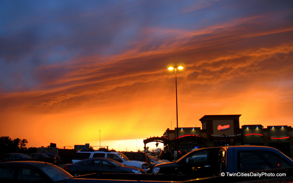 Caught this incredible sunset on Saturday up in Maple Grove. The colors were so vibrant, like I'd never seen before. There was a touch of rain in the sky, the weather pattern was changing and dryer air was out west headed our way.