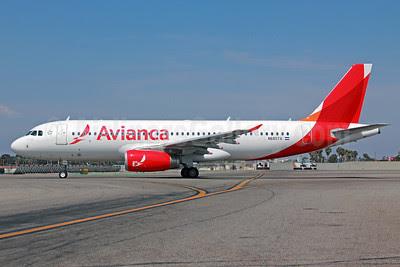 Avianca (El Salvador) Airbus A320-233 N685TA (msn 5068) LAX. Image: 912867.