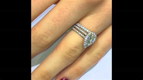 How to match your Engagement Ring with Diamond Eternity