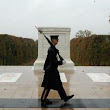 PHOTO: Despite Sandy, Soldiers Stand Guard At Tomb Of The Unknown Soldier : NPR