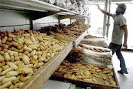 Fresh bread at a Jerusalem bakery during Pesach is reason for hundreds of Haredi protesters