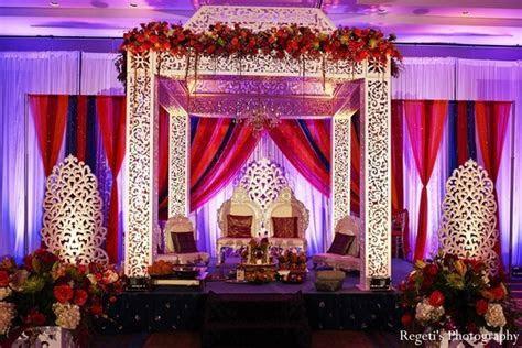12 Incredibly Luxurious Indoor Mandaps!   Maharani Weddings
