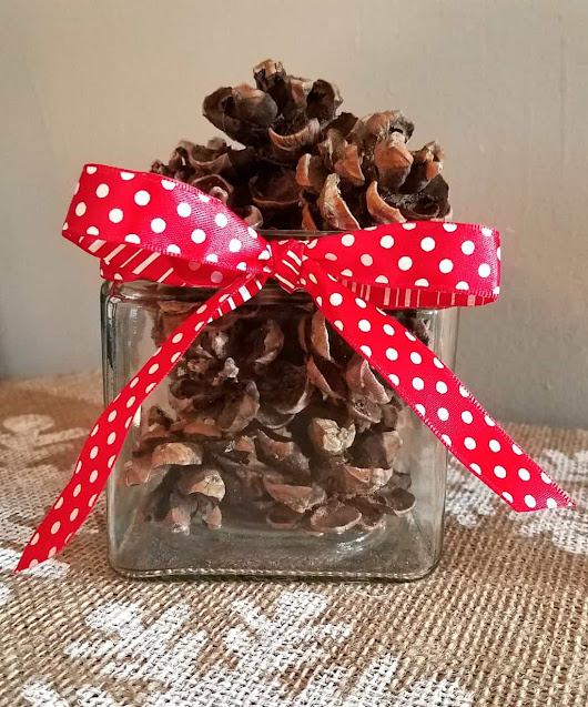 Rustic Christmas Decor Cinnamon Pinecones ~ DIY Home Craft Projects