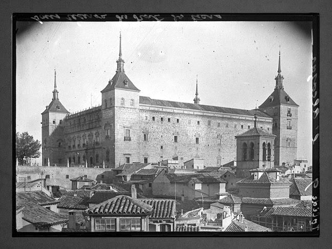 Alcázar de Toledo hacia 1910. Fotografía de Charles Chusseau-Flaviens. Copyright © George Eastman House, Rochester, NY
