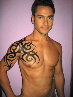 Tribal Tattoo On Men Back Shoulder