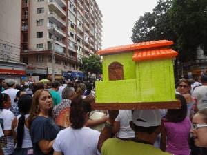 Ermito atribui a Nossa Senhora a construção de sua casa. (Foto: Ingrid Bico/ G1 PA)
