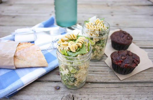 Creamy Italian Herb Pasta Salad - Perfect for a Picnic! - Sweetphi