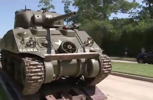 Texas Man Buys Tank, Parks It in Ritzy Houston Neighborhood
