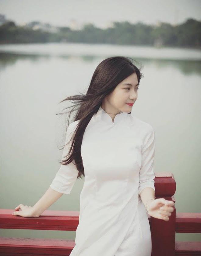 Cô bạn 18 tuổi chứng minh con gái Việt mặc áo dài lúc nào cũng là xinh nhất - Ảnh 8.