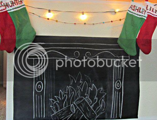 Christmas Chalkboard Mantle www.bowandarrowart.com