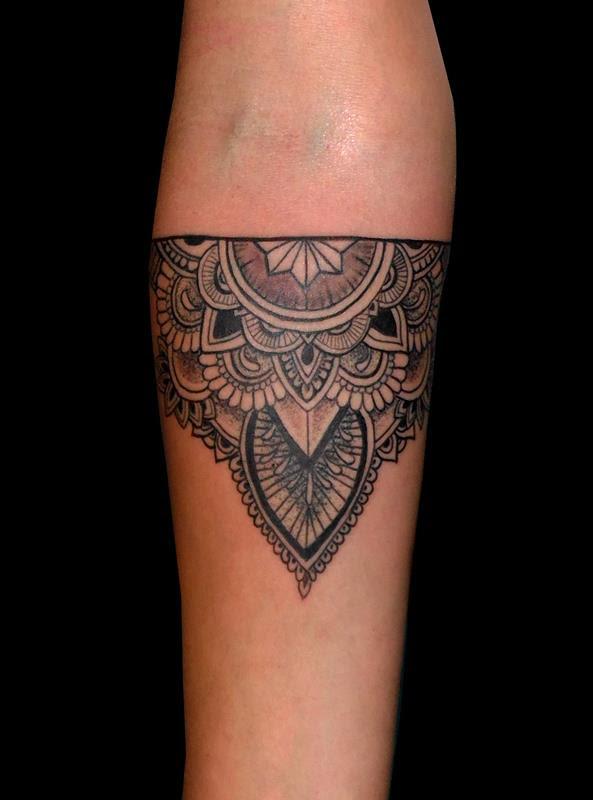 Mandala Brazo Tatuajes Online