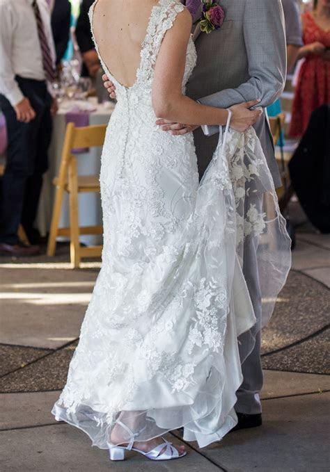 Wrist strap for wedding train?
