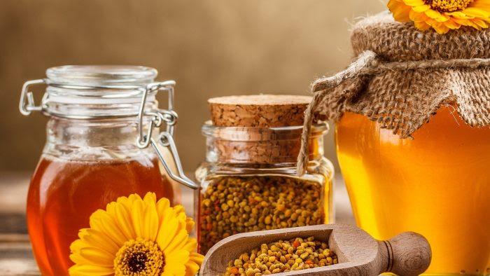 le miel comme ingrédient de base pour éliminer le tatouage par vous-même