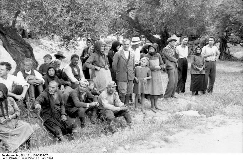 File:Bundesarchiv Bild 101I-166-0525-07,  Kreta, Kondomari,  Erschießung von Zivilisten.jpg