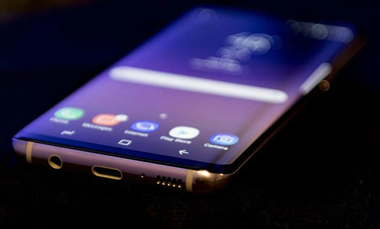 Big Spring For Samsung As Attention Turns To S8 Launch