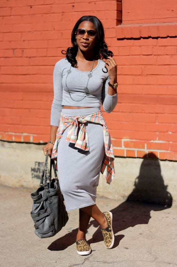 photo crop_top_skirt_set3.jpg