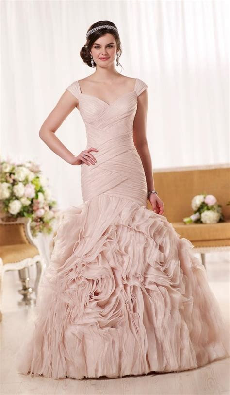 Plus size pink wedding dresses   PlusLook.eu Collection