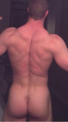 anothercuriousfratbro:nice ass, bro
