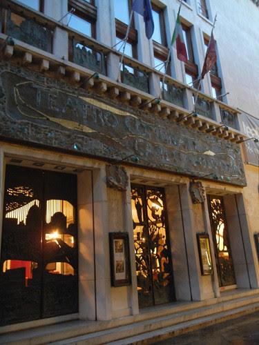 DSCN3085 _ Teatro Goldoni, Venezia, 16 October