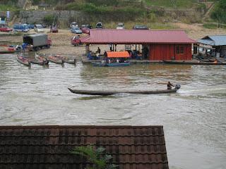 taman negara kuala tahan river canoe