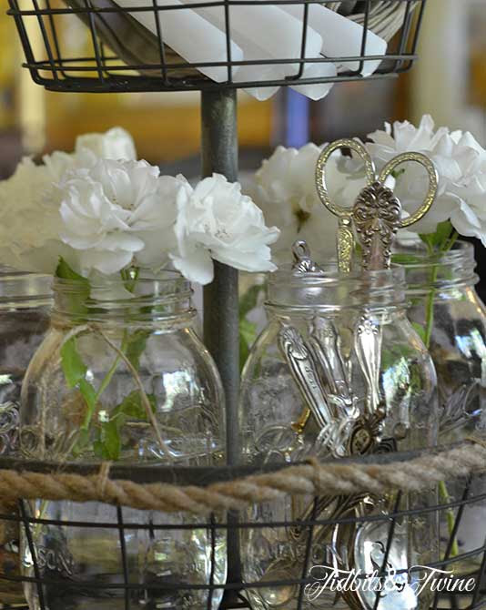 Dining Table: Casual Dining Table Centerpiece