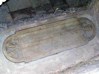 Saint Ysarn. Abbé de Saint-Victor de Marseille († 1048)