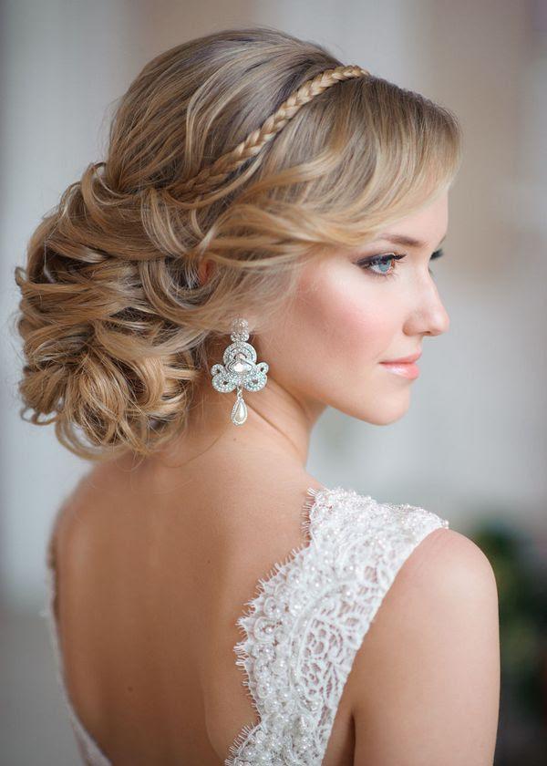28 Striking Long Wedding Hairstyle Ideas   Deer Pearl ...