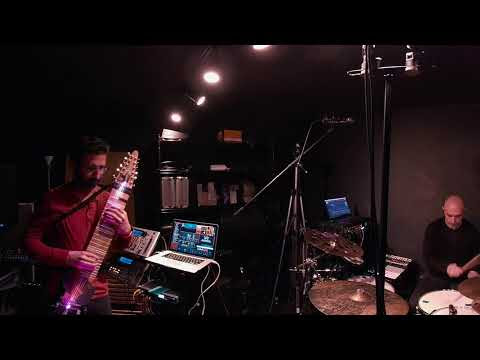 Chapman Stick and drums jam with MainStage and Ableton Live
