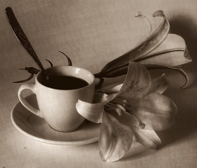 Albert Smirnov, Still life with lilies
