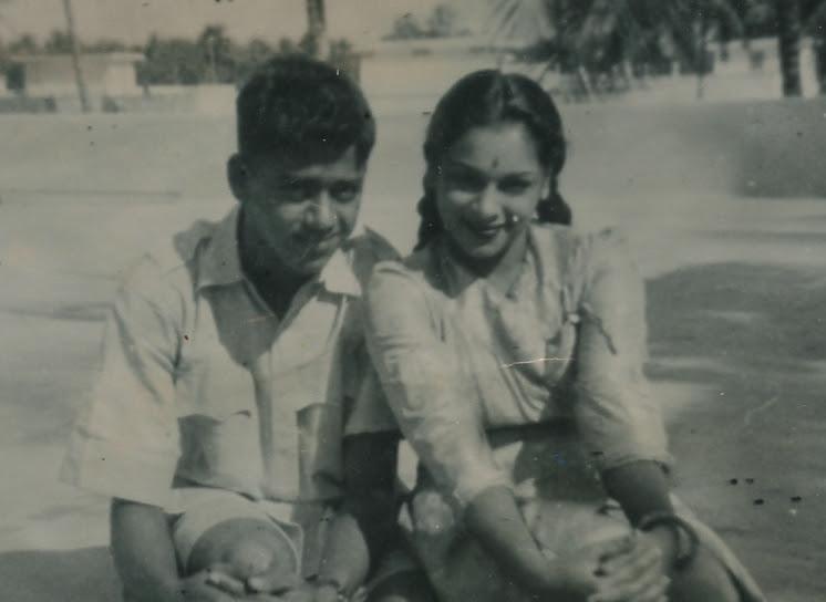 http://www.betsywoodman.com/wordpress/wp-content/uploads/2013/03/Chandran-Ragini-closeup.jpg