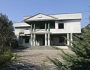 La Villa di Michele Schiavone ispirata a quella di «Scarface»