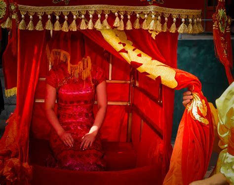 10 strange and wonderful wedding traditions   Egypt Today