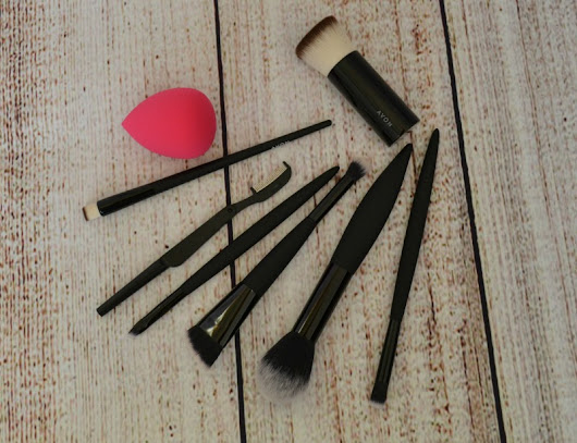 Avon makeup brushes and tools - Beauty by Miss L