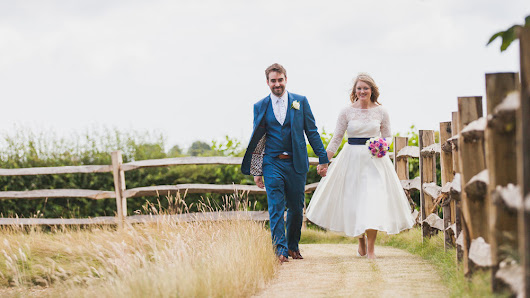 FRAN + SIMON // HENDALL MANOR BARNS